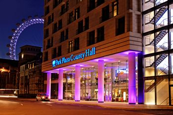 Park Plaza County Hall Hotel London