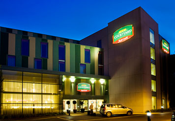 Courtyard By Marriott Gatwick