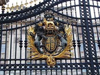 Ворота Букингемского дворца, Лондон, Великобритания